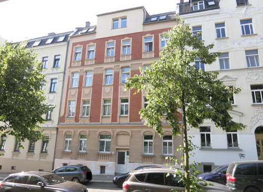 5-Raum-Etagenwohnung im Dachgeschoss - mit Balkon!