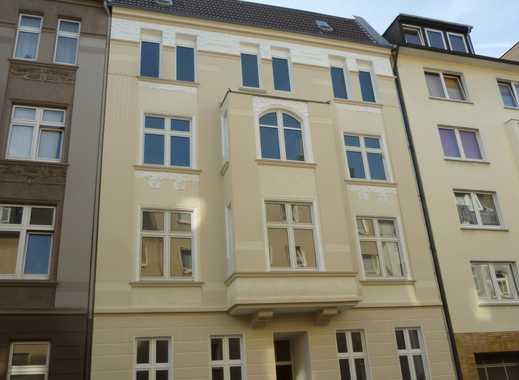Kernsanierte und exklusive Altbau-Maisonette-Wohnung in guter Lage