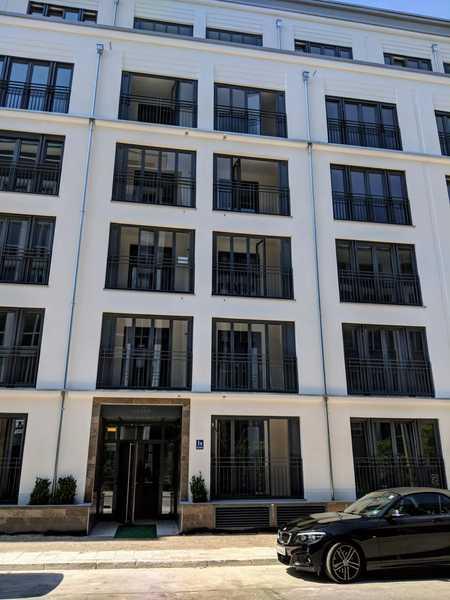 Stilvolle 2-Zimmer-Wohnung mit Balkon und EBK in muechen in Bogenhausen (München)