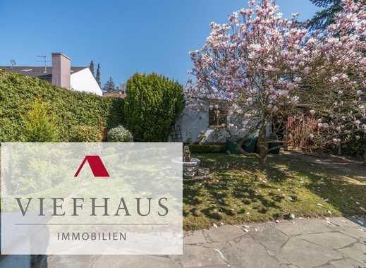 Ein- bis Zweifamilienhaus mit zwei großen Einzelgaragen in Rottenbauer