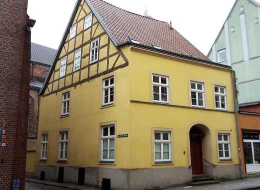 TOP! - Wohn- und Geschäftshaus in Stralsunder Altstadt