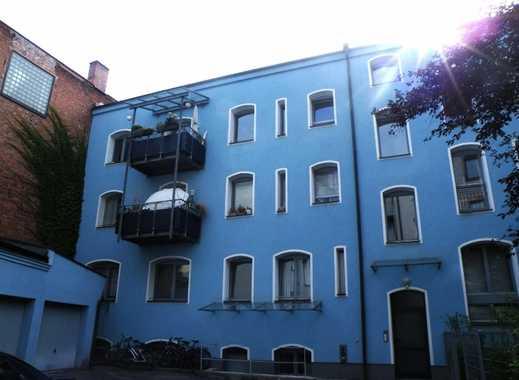 Möbliertes Zimmer in 3-Zimmer-Whg, für männliche Studenten/Wochenendfahrer, Schoppershof, Nähe WiSo