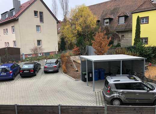 *Innenhof Außenstellplatz Thon