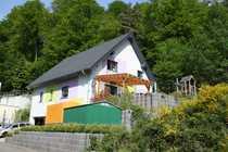 Steinalben - Freistehendes modernes Einfamilienhaus mit