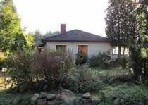 ZWANGSVERSTEIGERUNG - Kleines freistehendes Einfamilienhaus im