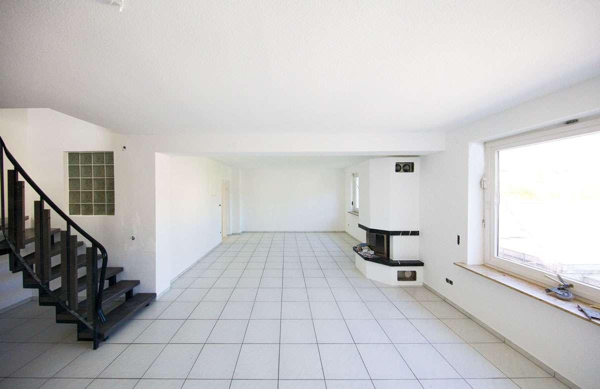 Erstbezug nach Sanierung mit Balkon: attraktive 5-Zimmer-Wohnung in Würzburg in