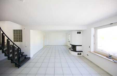 Erstbezug nach Sanierung mit Balkon: attraktive 5-Zimmer-Wohnung in Würzburg in Heidingsfeld (Würzburg)