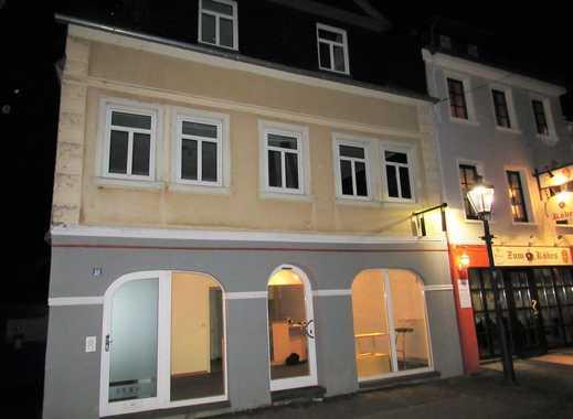 Wohnen und Arbeiten unter einem Dach! 55 m² Nutzfläche + 93 m² Wohnfläche! Saniert 1997/98!