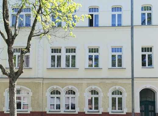 +++ 2 Zimmer mit Balkon im Altbau-Charme, in grüner Lage von Pölbitz +++