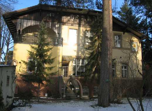 Geräumige und gepflegte 1-Zimmer-Wohnung mit Einbauküche in Berlin-Grunewald