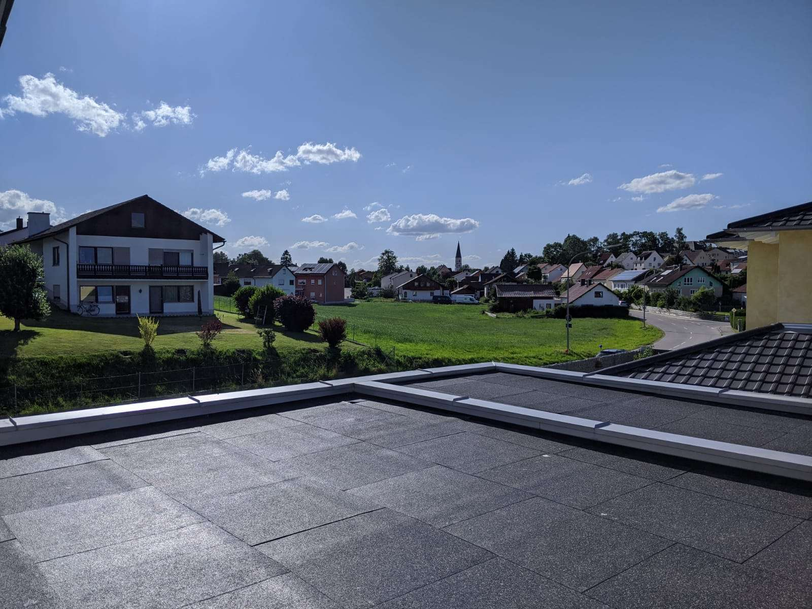 Neubau 3-Zimmer-Wohnung mit Dachterrasse in