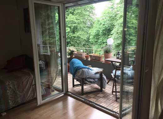 Schönes, helles und großes WG-Zimmer in Köln-Lindental mit großem Balkon weiterzugeben!