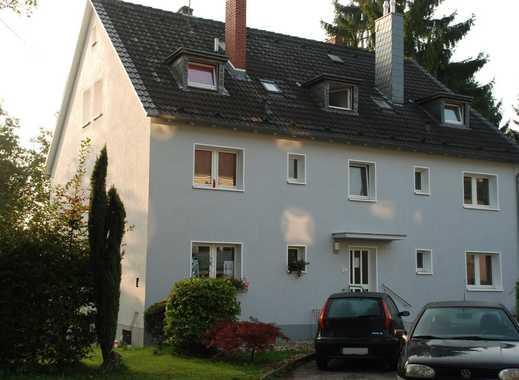 Helle, gut geschnittene 2 Zimmer-Wohnung in zentraler Lage - Bergisch Gladbach