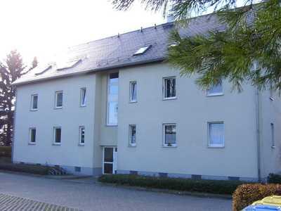 Sonderangebot! Renovierte 2-Raum-Wohnung mit Blick zur Augustusburg