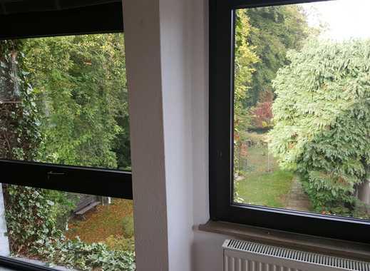 Helle 3-4 Zimmer mit Dachterrasse (1.OG) in Solingen-Gräfrath (Abteiweg)