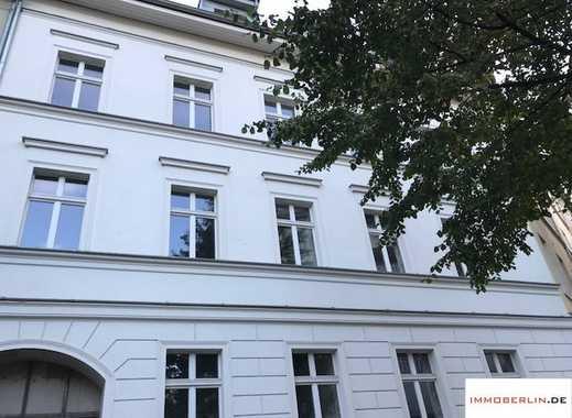 IMMOBERLIN: Einzigartig! Stadtvilla für den gehobenen Anspruch mit Südwestgarten & Ausbaupotential
