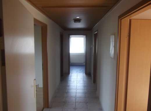 Sehr schöne drei Zimmer Wohnung in Groß-Gerau (Kreis), Ginsheim-Gustavsburg
