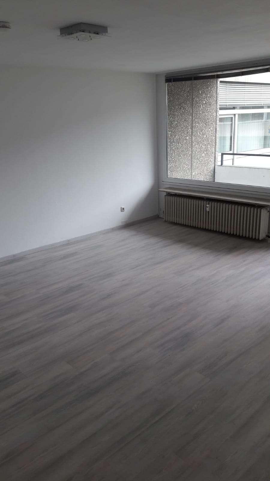 Erstbezug nach Sanierung mit Einbauküche und Balkon: ansprechende 1-Zimmer-Wohnung in Bayreuth