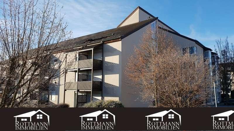 **2-Zimmer Wohnung mit Balkon in Hof, barrierefrei-Nähe Hochschule-kernsaniert in