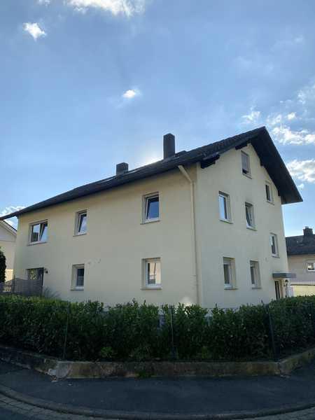 ERSTBEZUG nach TOP Renovierung einer 4 Zimmer Wohnung im Grünen in Hösbach