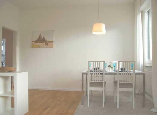 Modern mit Flair, vollständig eingericht, helle großzügige 3-Zimmer-Wohnung am Hölderlinplatz