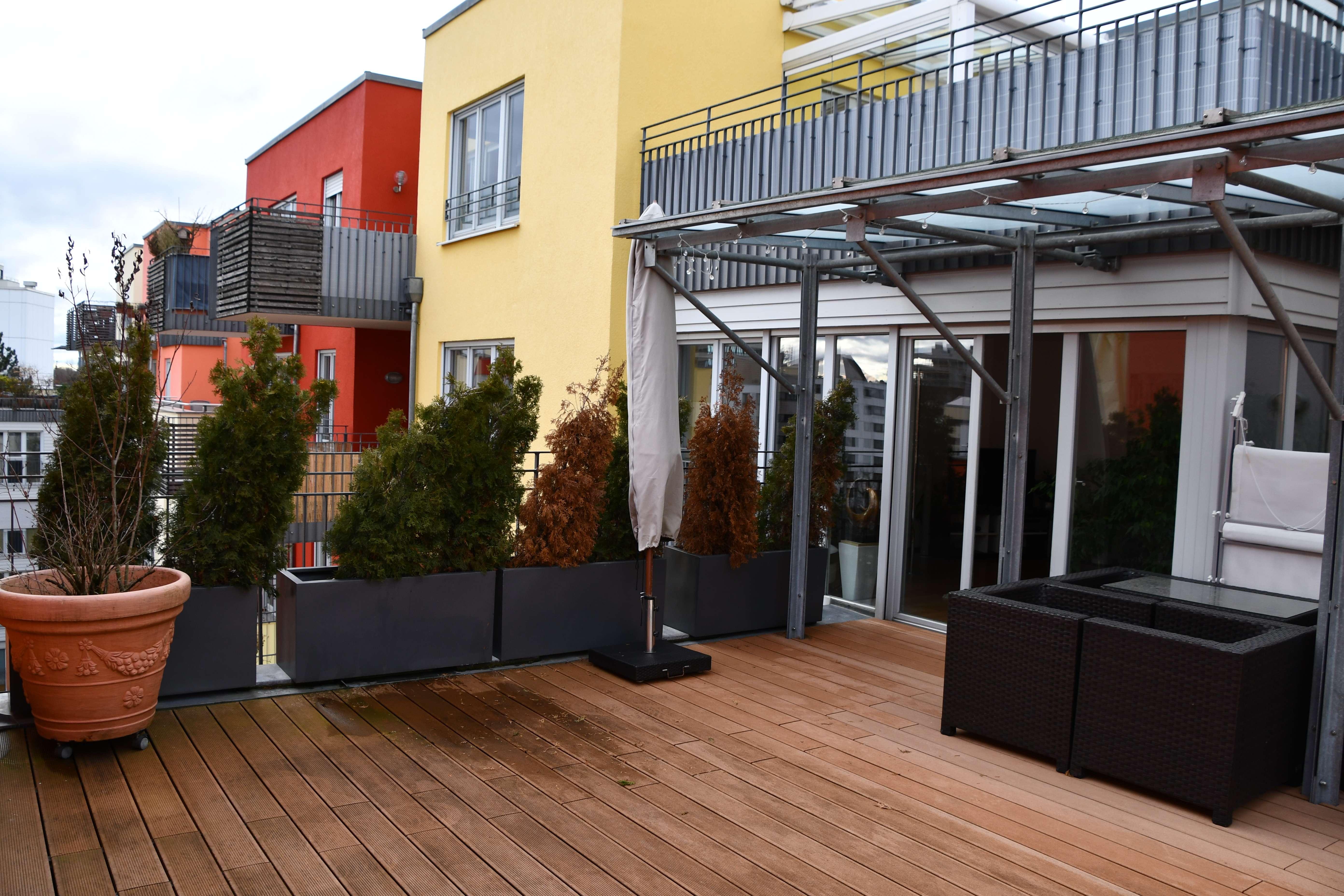 LICHTERFÜLLTE  3,5-Zi-Dachterrassenwohnung mit 40 qm² DT, Balkon und EBK in Haidhausen/Au , München in Ramersdorf (München)