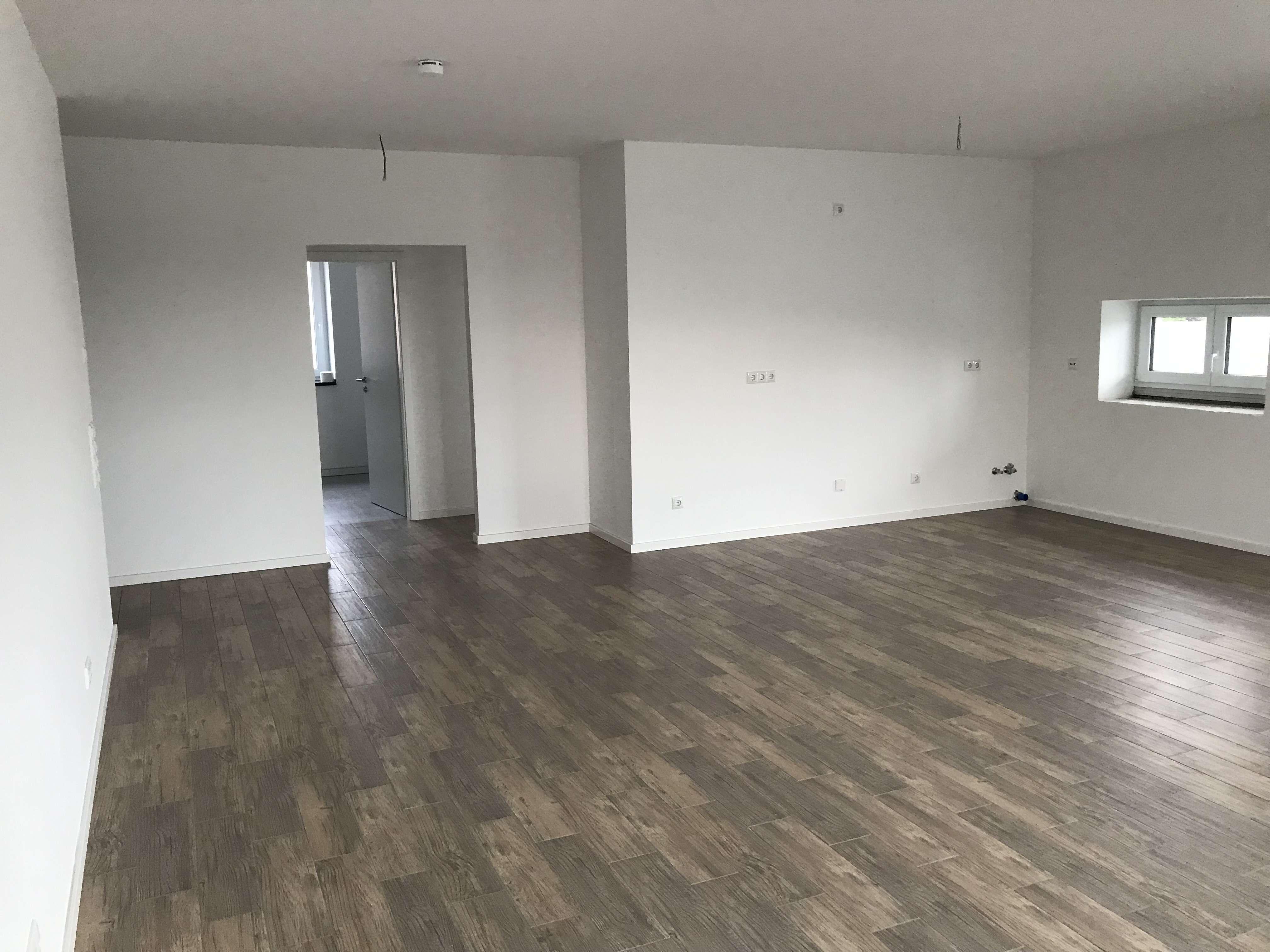 Stilvolle 3-Zimmer-Wohnung mit Balkon in Großaitingen