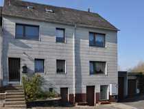 Ein- bis Zweifamilienhaus mit großer