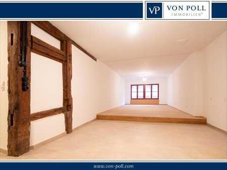 Erstbezug nach Sanierung: 3-Zimmer-Erdgeschoss-Wohnung in der Nördlinger Altstadt in Nördlingen