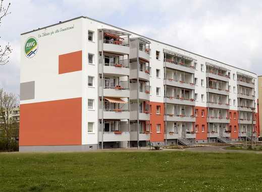 Erstbezug nach Sanierung - 4-Raum Wohnung in gepflegter Wohnumgebung
