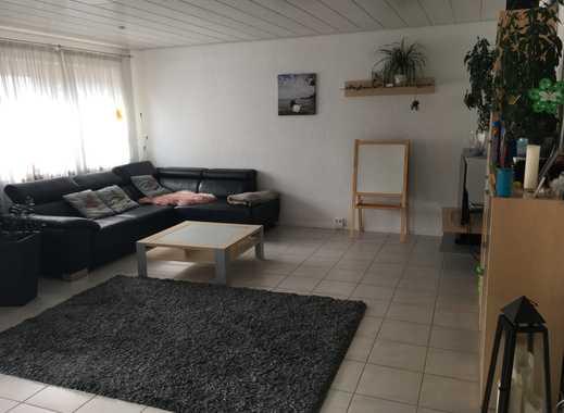 Großzügige und sehr gepflegte 4,5-Zimmer-Wohnung mit Balkon und EBK in Friedrichshafen-Ailingen