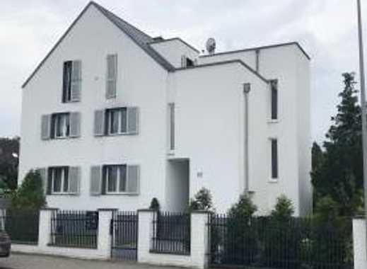 Traumhafte 2-Zimmer-Dachgeschosswohnung mit 2 Terrassen in Mörfelden-Walldorf