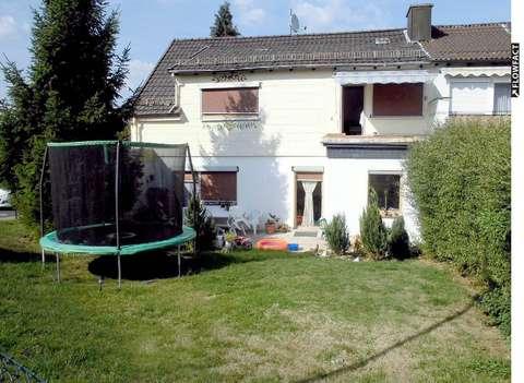 Solides Einfamilienhaus Mit Garten Terrasse Einbaukuche Und