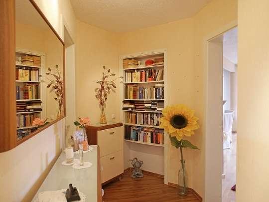 Moderne 3-Zim.-Wohnung mit PKW-Stellplatz und Garten - Bild 11