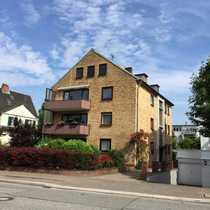 Dachgeschosswohnung zentrale Lage - St -Jürgen-Ring -