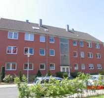 Bild 3 Zimmer Wohnung im 2 OG mit Balkon und Keller.