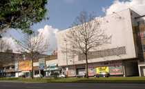 Bild Provisionsfrei: Freizeit-/Bowlingcenter an 6-spuriger Hauptstraße zu vermieten
