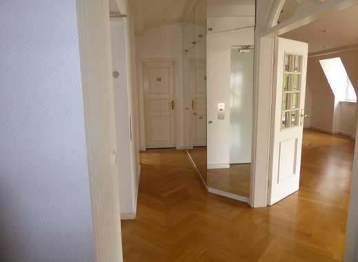 Repräsentative 5,5-Zimmer-Wohnung am Englischen Garten