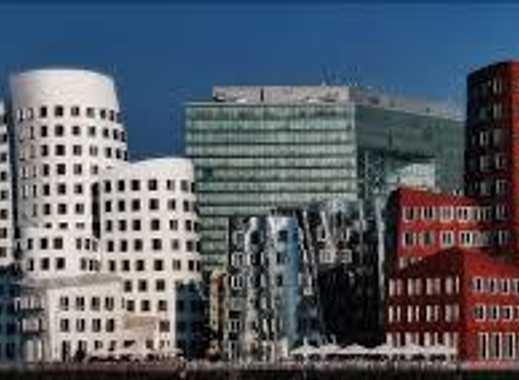 WG Zimmer in Unterbilk/Medienhafen gegenüber den Gehry-Bauten