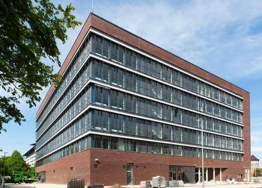 Neubau/ Erstbezug - hochwertige Büroflächen in Bestlage