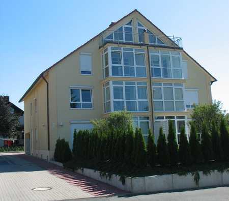 Herzogenaurach, Exkl. 4,5Zi Maisonett-Whg, Studio, Wintergarten, Balkon, Carport+Stellplatz v Privat in Herzogenaurach