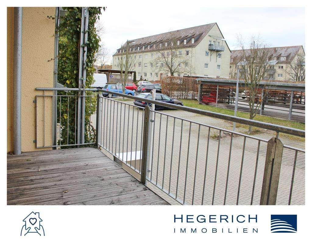 HEGERICH: Helle und gemütliche 2-Zimmer-Wohnung mit Balkon! Beim Fürther Südstadtpark!  in