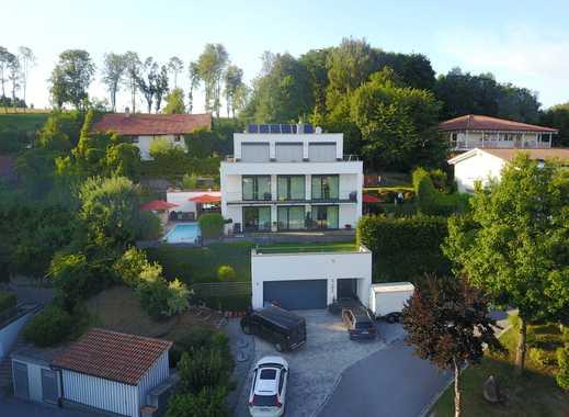 Moderne Villa im Bauhaus-Stil - mit traumhaftem Blick über Deggendorf!