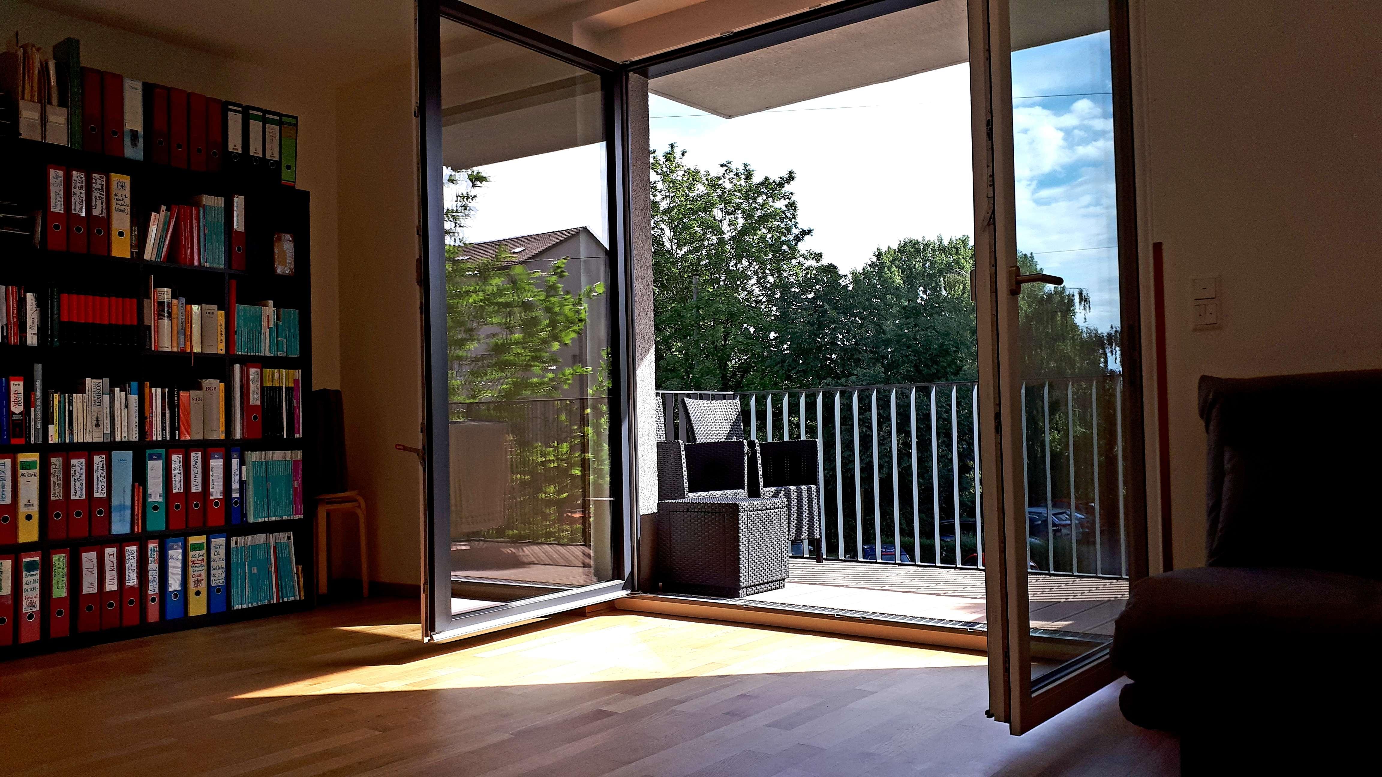 2 Zimmer Neubau Fürth - Blick in Wiesengrund, Südwest-Balkon, TG-Stellplatz, hochwertige Einbauküche in