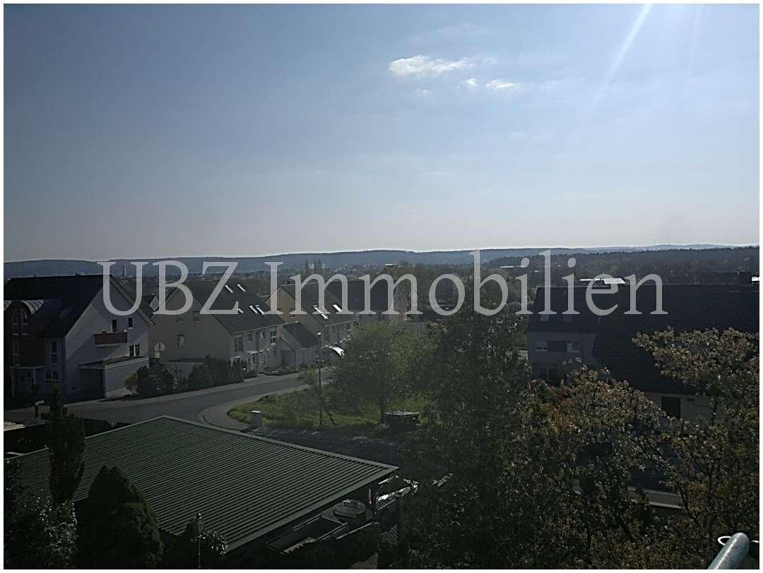 Toller Blick ins Maintal, 2 Terrassen - 4-Zimmerwohnung Aschaffenburg-Obernau