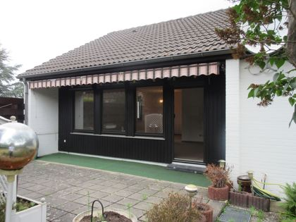 haus kaufen wolfsburg h user kaufen in wolfsburg bei immobilien scout24. Black Bedroom Furniture Sets. Home Design Ideas
