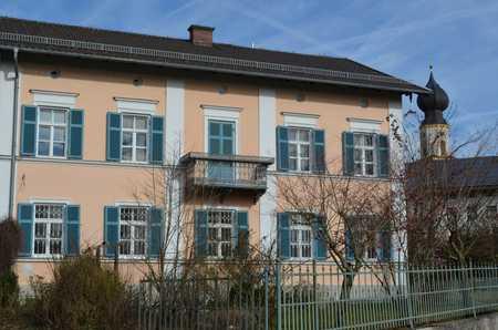 Modernisierte 4-Raum-Wohnung mit Balkon und Einbauküche in Schonstett in Schonstett