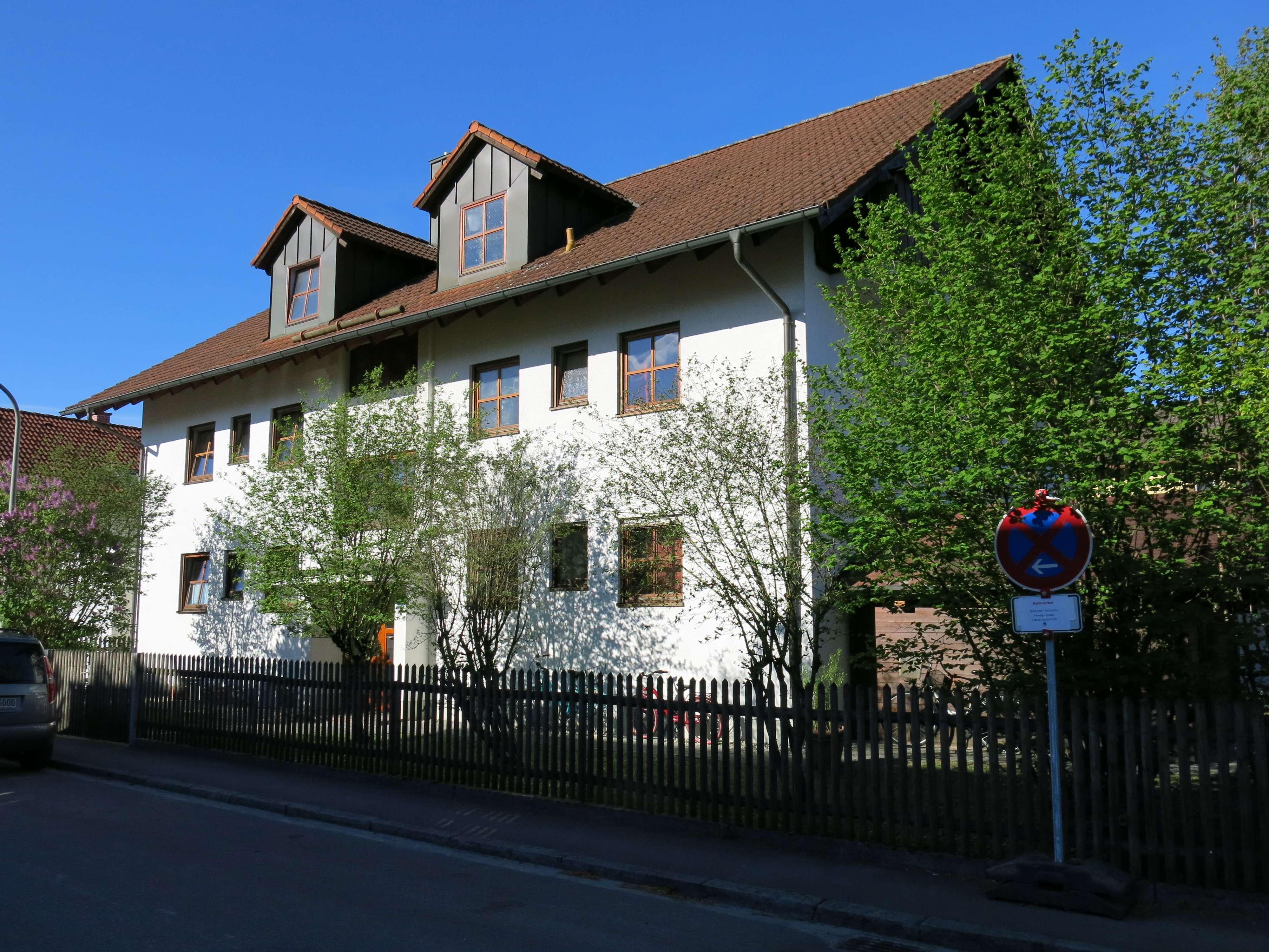 Bezaubernde Gartenwohnung! ruhige 3 Zimmer im Münchner Westen mit Gäste-WC und Süd-Westterrasse!