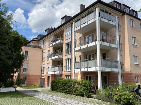 Dachterrassenwohnung mit Penthouse-Charakter, 3 Zimmer in Laim (München)
