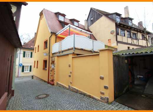 *Ein 2-Familien-Haus mit viel Platz und vielen Möglichkeiten in Bad Windsheim*